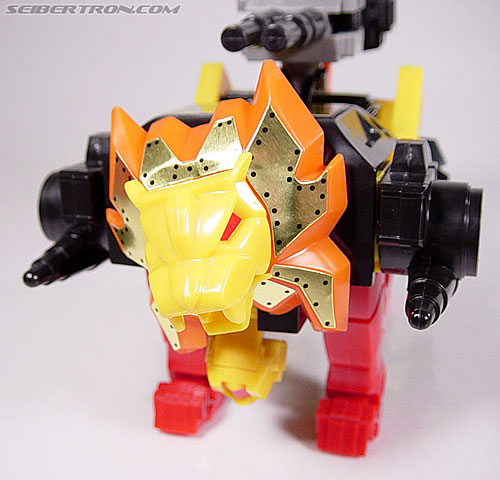 Transformers G1 1986 Razorclaw (Reissue) (Image #40 of 68)