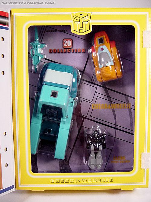 Transformers G1 1986 Wheelie (Reissue) (Image #2 of 89)