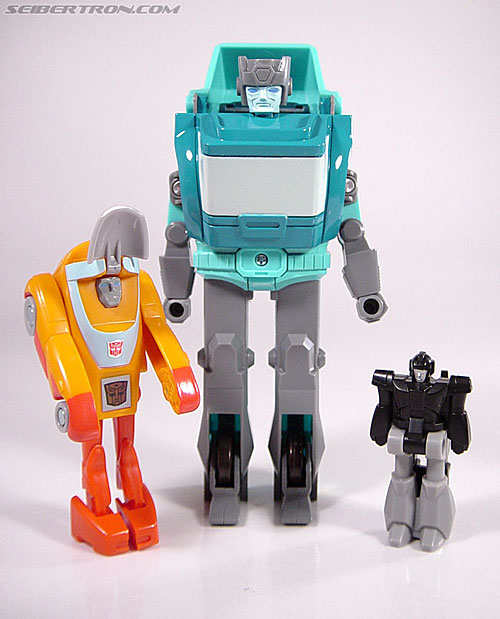 Transformers G1 1986 Wheelie (Reissue) (Image #3 of 89)