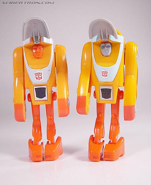 Transformers G1 1986 Wheelie (Reissue) (Image #35 of 89)