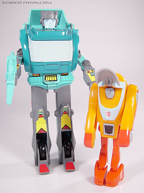 Transformers G1 1986 Wheelie (Reissue) (Image #41 of 89)