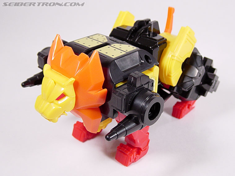 Transformers G1 1986 Razorclaw (Reissue) (Image #11 of 68)