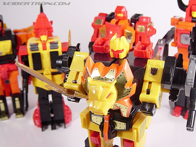 Transformers G1 1986 Razorclaw (Reissue) (Image #63 of 68)
