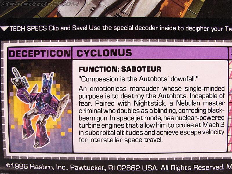 Transformers G1 1987 Cyclonus (Image #17 of 164)