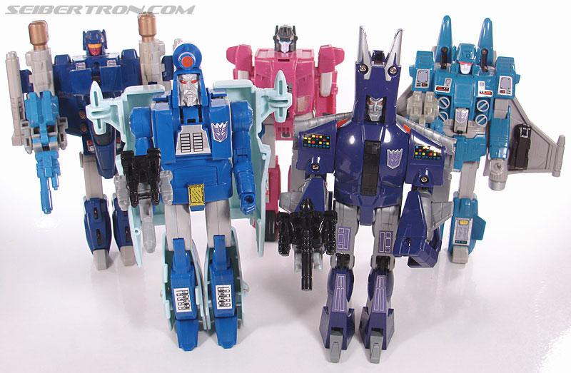 Transformers G1 1987 Cyclonus (Image #149 of 164)