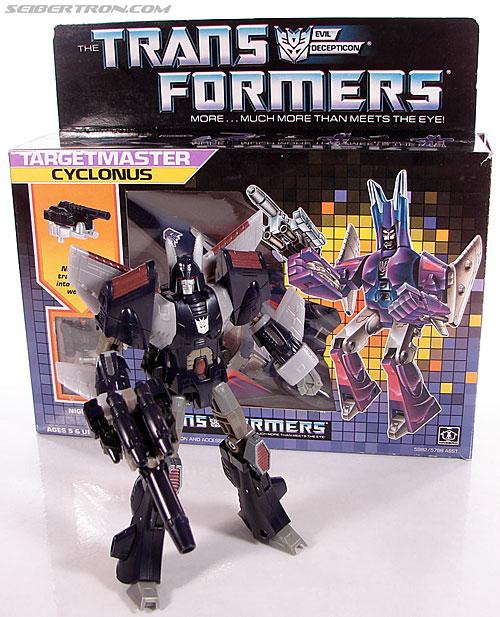 Transformers G1 1987 Cyclonus (Image #25 of 164)