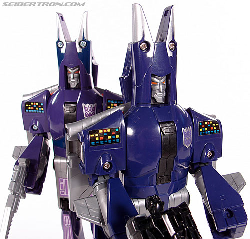 Transformers G1 1987 Cyclonus (Image #133 of 164)
