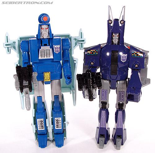Transformers G1 1987 Cyclonus (Image #139 of 164)