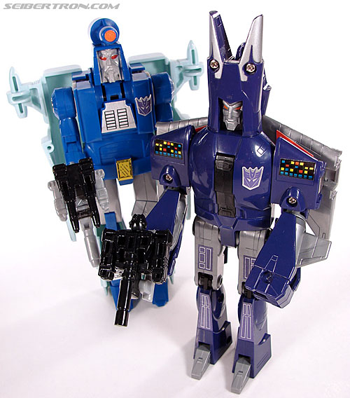 Transformers G1 1987 Cyclonus (Image #140 of 164)