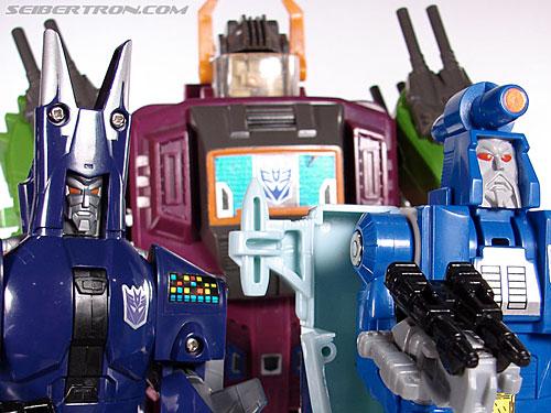 Transformers G1 1987 Cyclonus (Image #148 of 164)