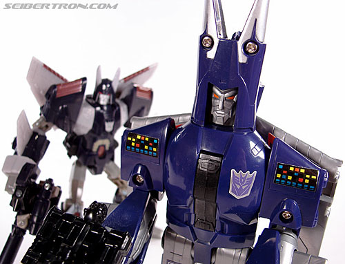 Transformers G1 1987 Cyclonus (Image #156 of 164)