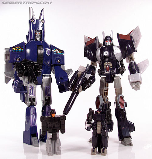 Transformers G1 1987 Cyclonus (Image #158 of 164)