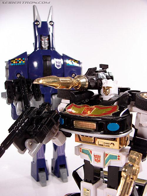 Transformers G1 1987 Cyclonus (Image #161 of 164)