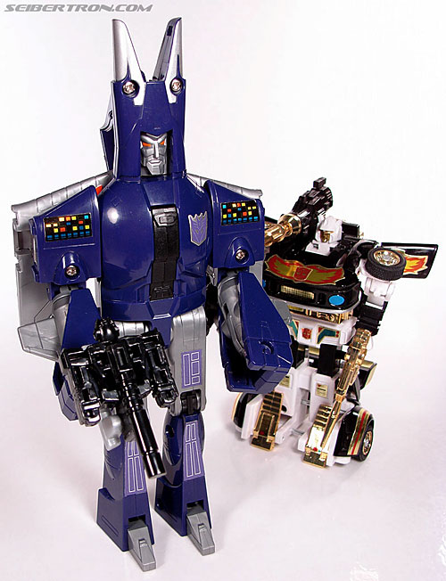 Transformers G1 1987 Cyclonus (Image #162 of 164)