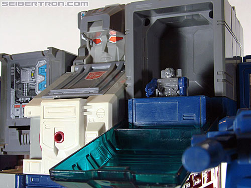 Transformers G1 1987 Fortress Maximus (Image #225 of 274)