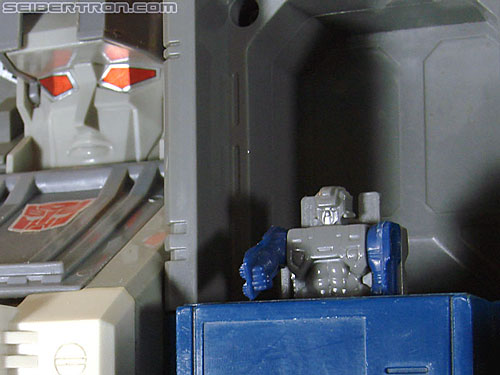 Transformers G1 1987 Fortress Maximus (Image #226 of 274)
