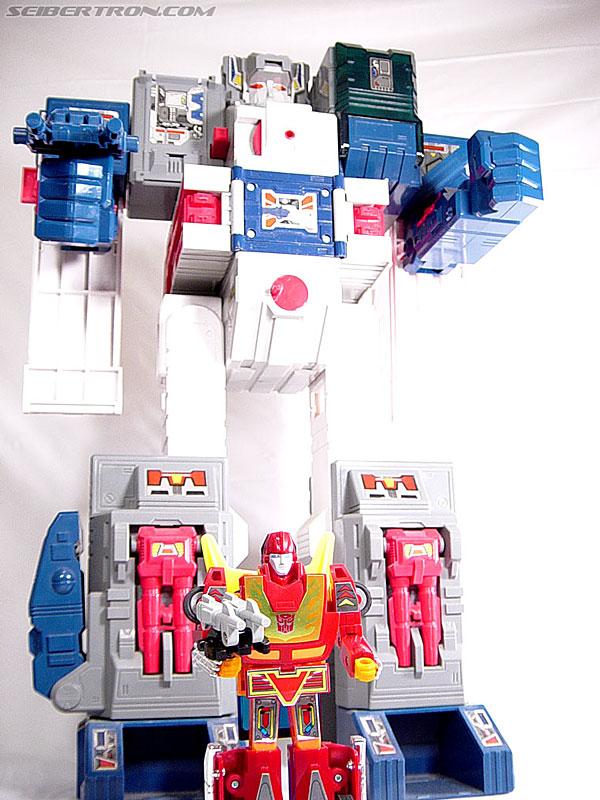 Transformers G1 1987 Hot Rod (Hot Rodimus) (Image #59 of 60)