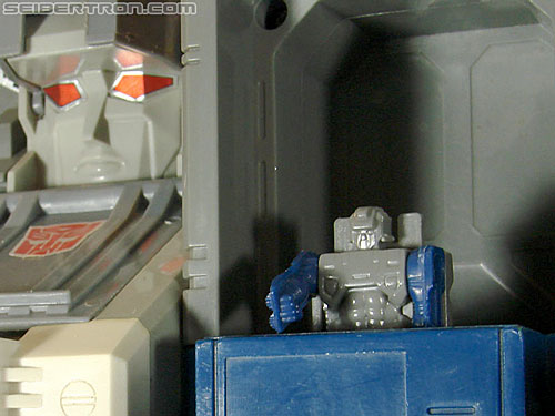 Transformers G1 1987 Spike Witwicky (Image #39 of 96)