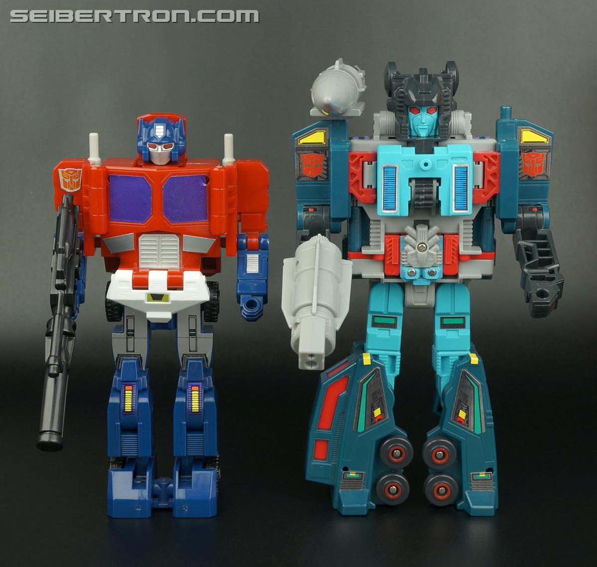 Transformers G1 1988 Optimus Prime (Ginrai) (Image #270 of 281)