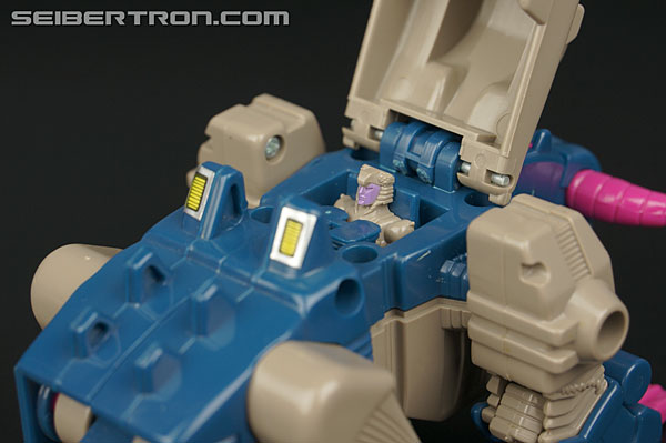 Transformers G1 1988 Kreb (Bullhorn) (Image #3 of 42)