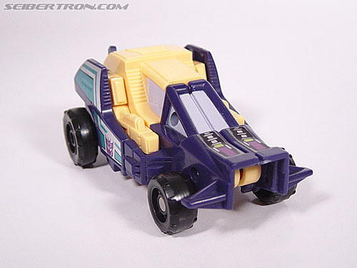 Transformers G1 1988 Ruckus (Image #2 of 27)