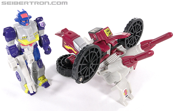 Transformers G1 1990 Axer with Off Road Cycle (Image #151 of 162)