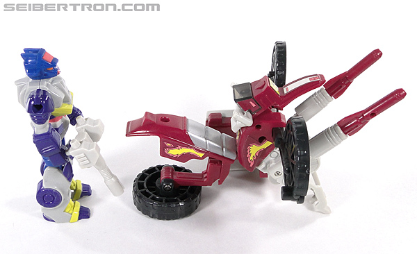 Transformers G1 1990 Axer with Off Road Cycle (Image #152 of 162)