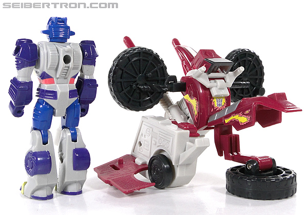 Transformers G1 1990 Axer with Off Road Cycle (Image #154 of 162)