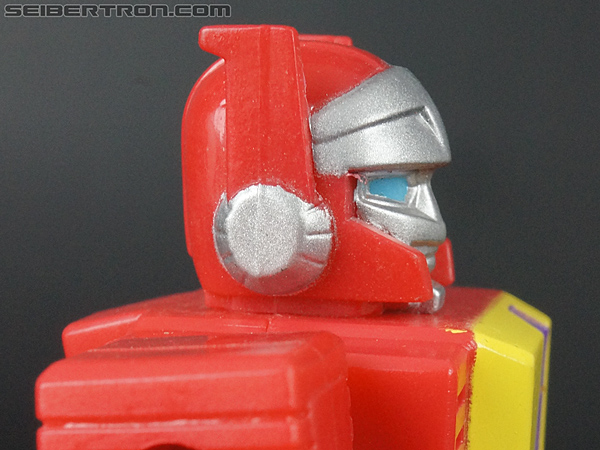 Transformers G1 1990 Blaster with Flight Pack (Image #27 of 124)
