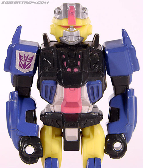 Transformers News: Pictures of the Heads of Titans Return Krok and Quake and Comparisons to G1