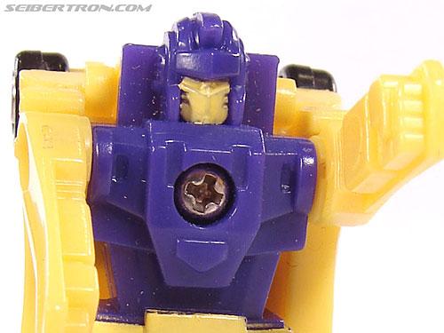 Transformers G1 1990 Motorhead (Motorstar) (Image #35 of 40)