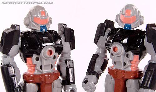 Transformers G1 1990 Treadshot with Catgut (Image #37 of 86)