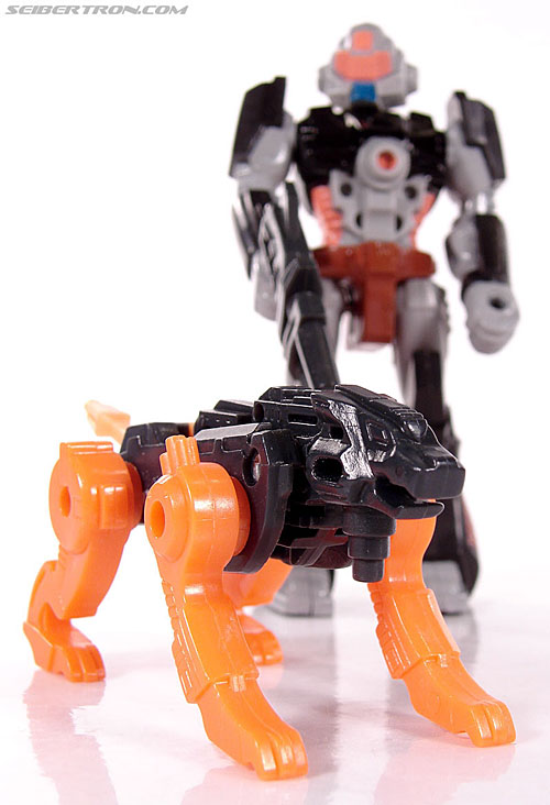 Transformers G1 1990 Treadshot with Catgut (Image #68 of 86)