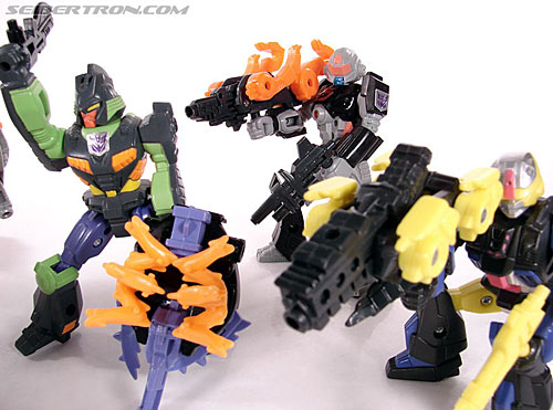 Transformers G1 1990 Treadshot with Catgut (Image #85 of 86)