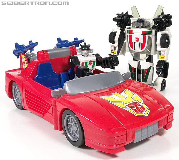 Transformers G1 1990 Wheeljack with Turbo Racer (Image #68 of 178)