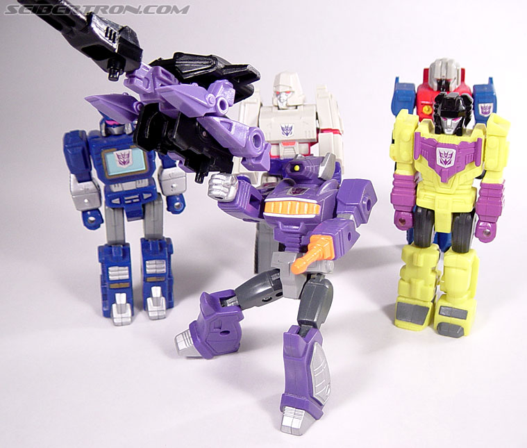 Transformers G1 1990 Shockwave with Fistfight (Image #53 of 56)