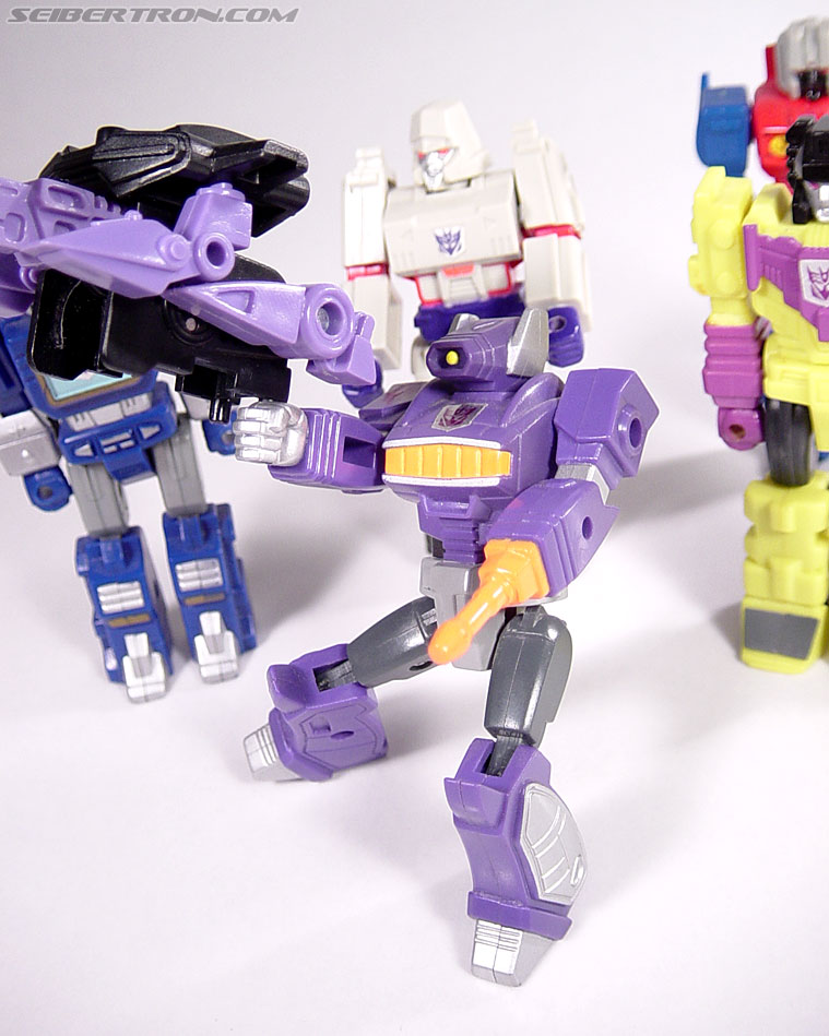 Transformers G1 1990 Shockwave with Fistfight (Image #54 of 56)