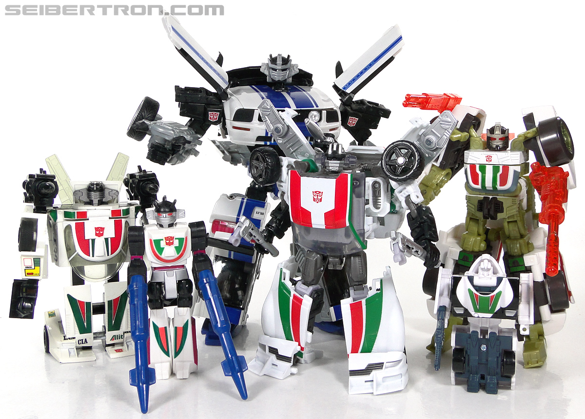 Transformers G1 1990 Wheeljack with Turbo Racer (Image #171 of 178)