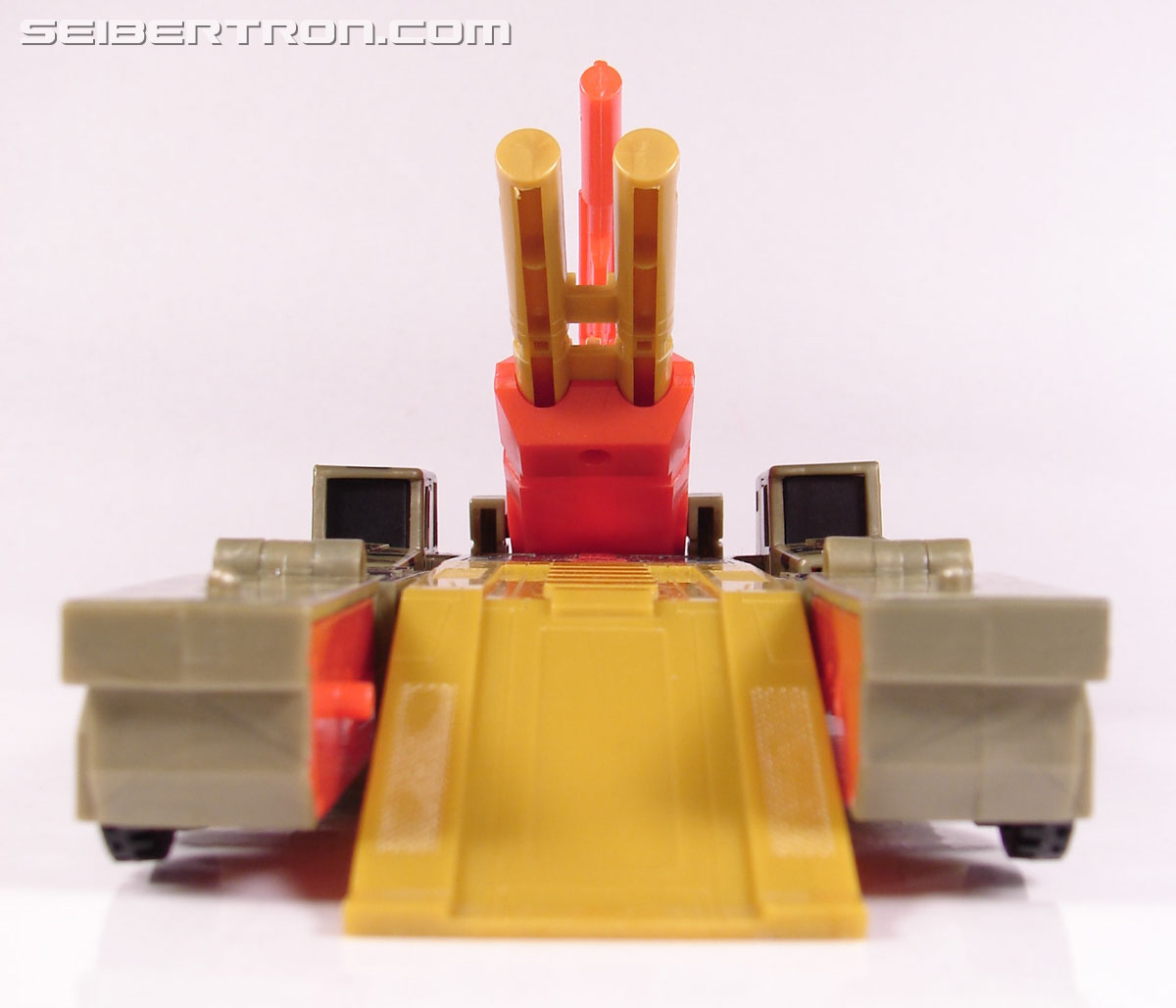 Transformers Robots In Disguise Mega-Octane (Dolrailer) (Image #44 of 108)