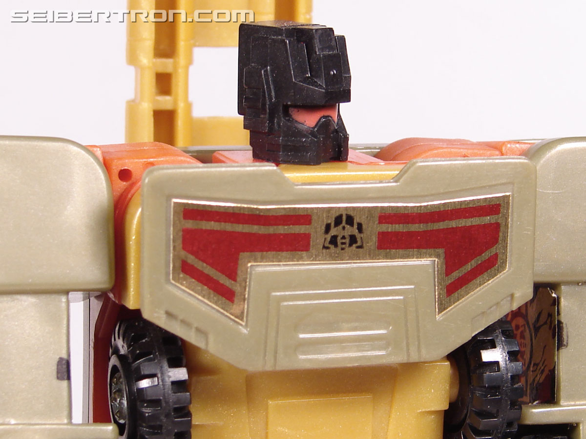 Transformers Robots In Disguise Mega-Octane (Dolrailer) (Image #87 of 108)