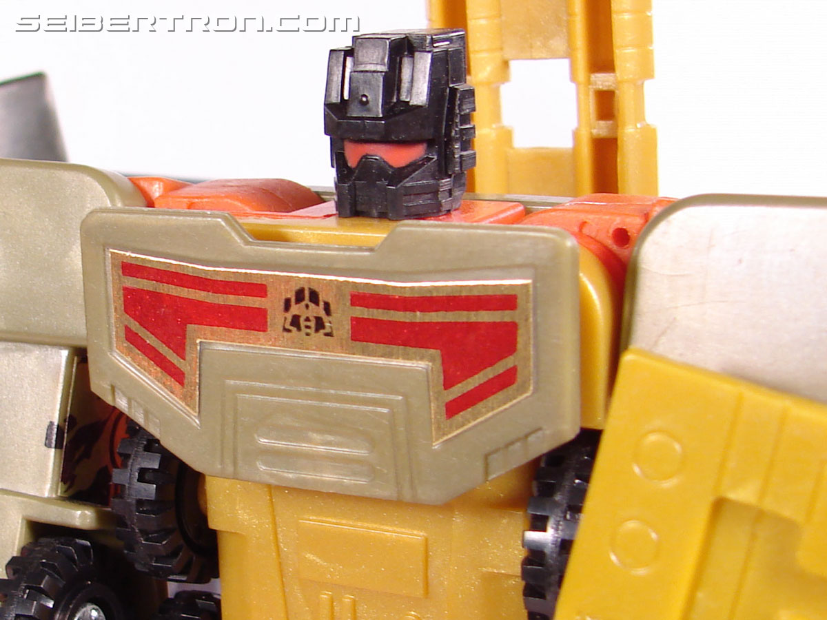 Transformers Robots In Disguise Mega-Octane (Dolrailer) (Image #103 of 108)