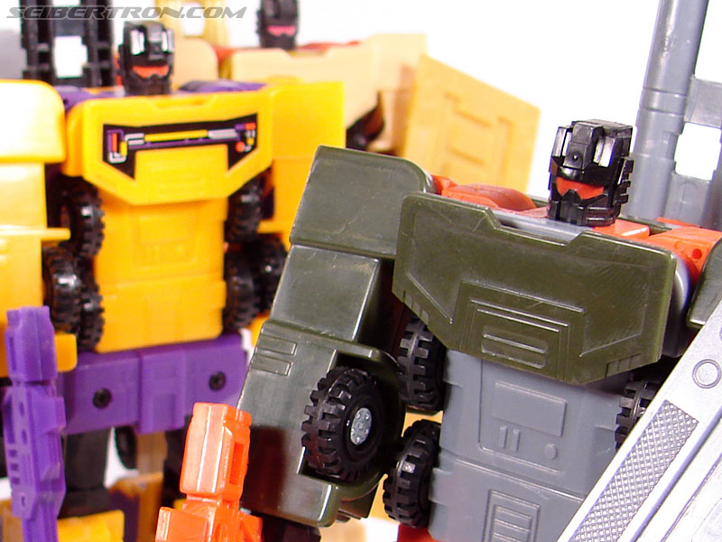 Transformers Robots In Disguise Mega-Octane (Dolrailer) (Image #83 of 85)