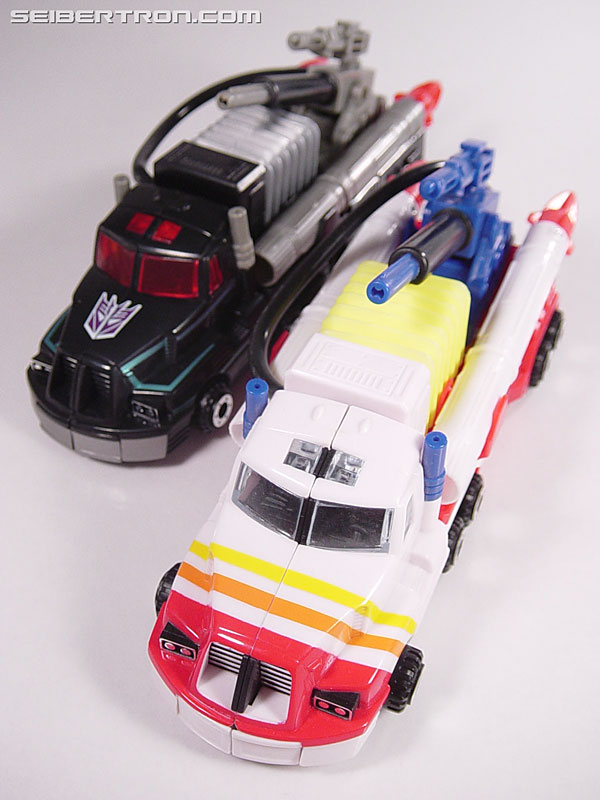 Transformers Robots In Disguise Scourge (Black Convoy) (Image #38 of 102)