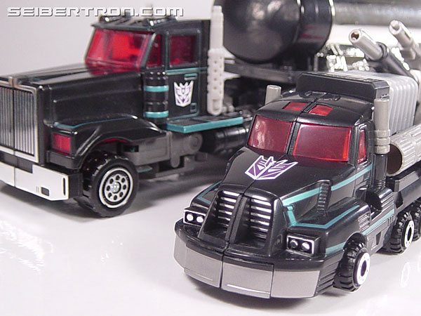 Transformers Robots In Disguise Scourge (Black Convoy) (Image #45 of 102)