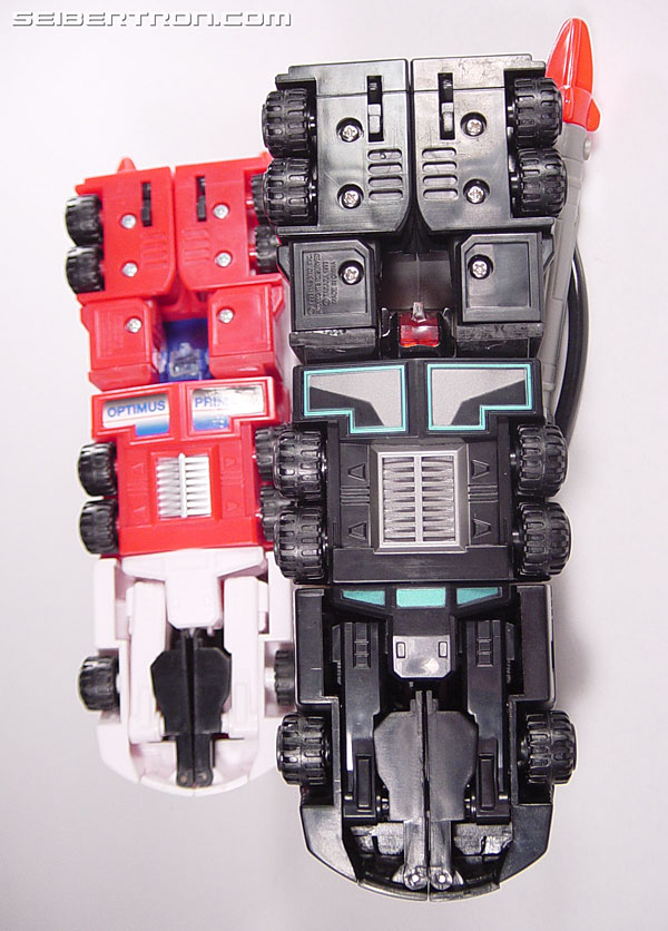 Transformers Robots In Disguise Scourge (Black Convoy) (Image #48 of 102)