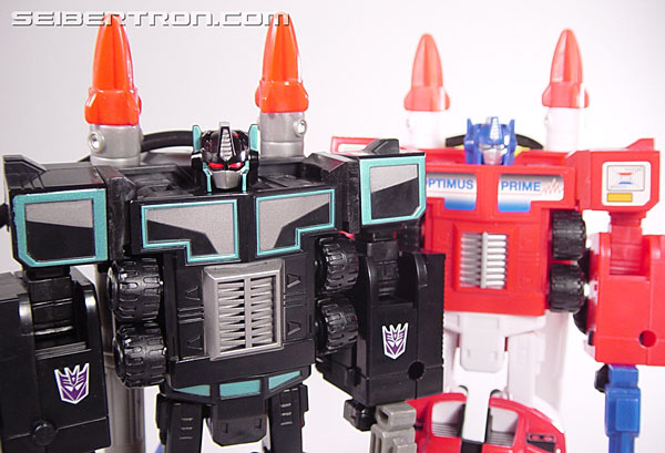 Transformers Robots In Disguise Scourge (Black Convoy) (Image #92 of 102)