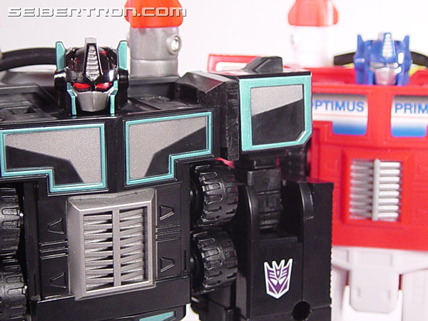 Transformers Robots In Disguise Scourge (Black Convoy) (Image #93 of 102)