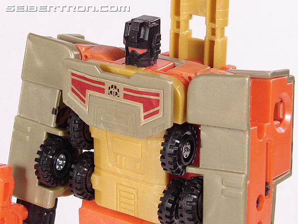 Transformers Robots In Disguise Mega-Octane (Dolrailer) (Image #74 of 108)