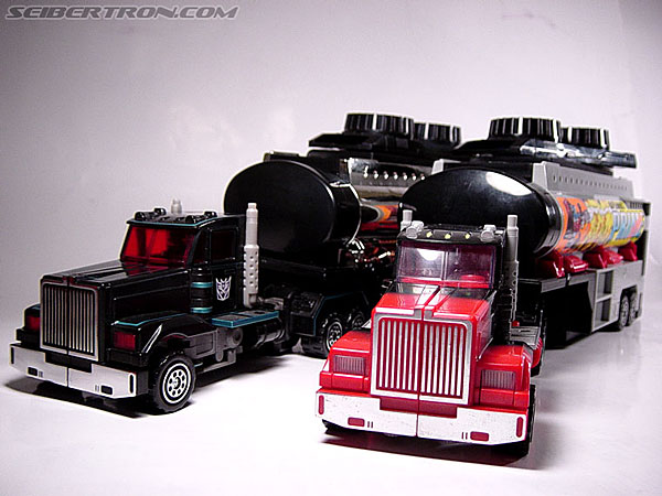 Transformers Robots In Disguise Scourge (Black Convoy) (Image #19 of 67)