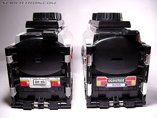Transformers Robots In Disguise Scourge (Black Convoy) (Image #25 of 67)